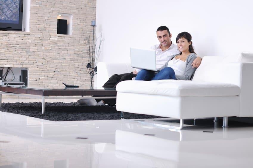 Zufriedene Kunden bei Online Finanzberatung