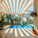 Villa an der italienischen Blumenriviera mit Pool